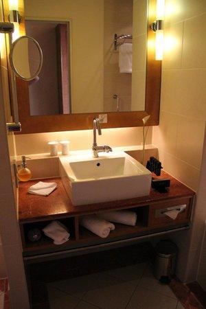 Meliá Berlin : Lovely Bathroom