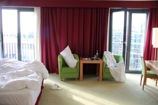 Meliá Berlin : Double Windows
