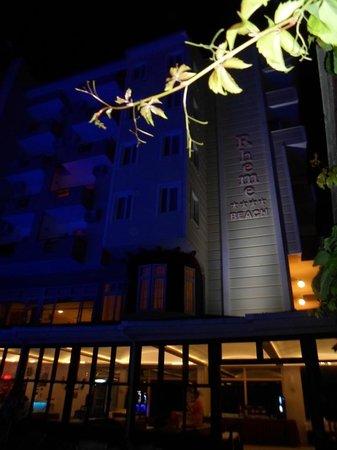 Rheme Beach: Ночной отель