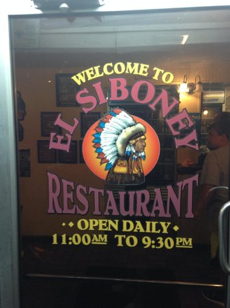 El Siboney Restaurant : front door