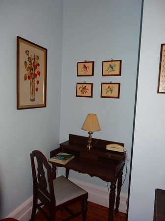 Captain's Quarters Inn: Habitación