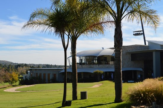 The Fairway Hotel, Spa & Golf Resort: L'hôtel et le golf