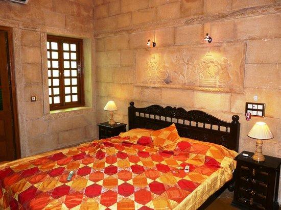 Hotel Pleasant Haveli : Room