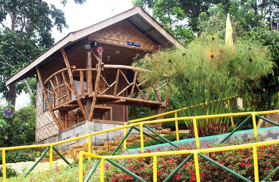 close cottage picture of ang tribu bagobo woodlands