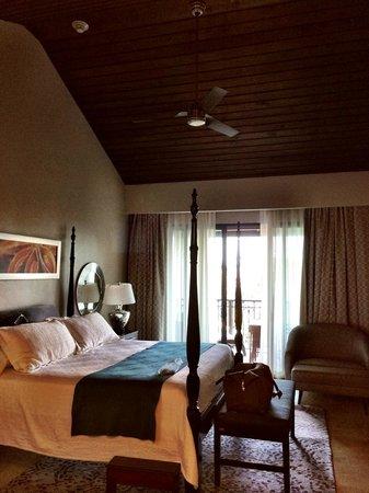 Sandals LaSource Grenada Resort and Spa : South Seas Premium room with Veranda Soaking tub