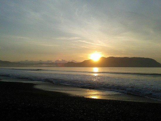 Barceló Tambor: Amanecer en Playa Tambor