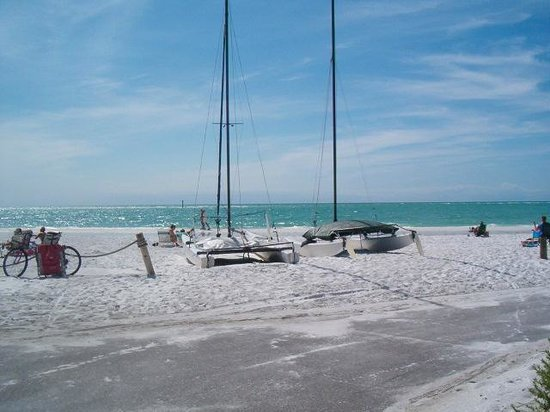 Siesta Sands on the Beach: Time for a lunch break!