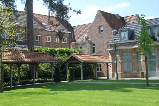 Hotel Dukes' Palace Bruges: gardens