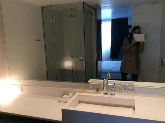 B-aparthotel Regent: bagno