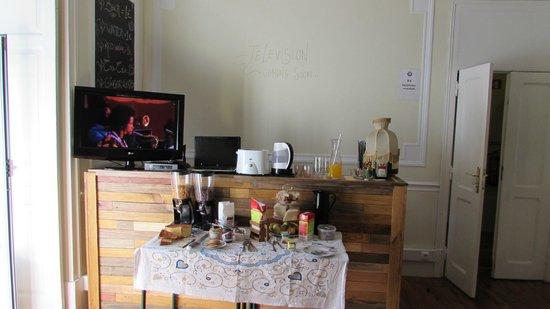 Music Hall Lisbon Hostel: Breakfast