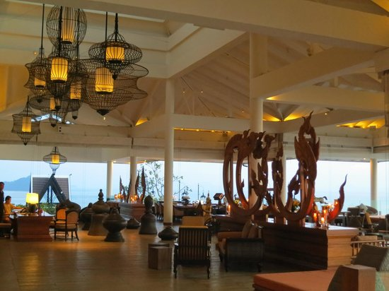 InterContinental Samui Baan Taling Ngam Resort: Hotellobby