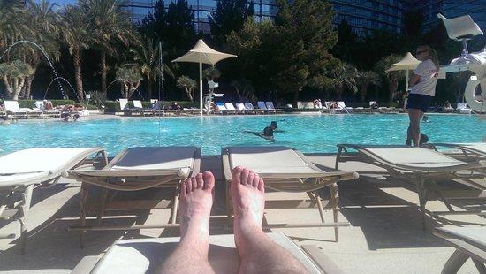 ARIA Resort & Casino: Pool.