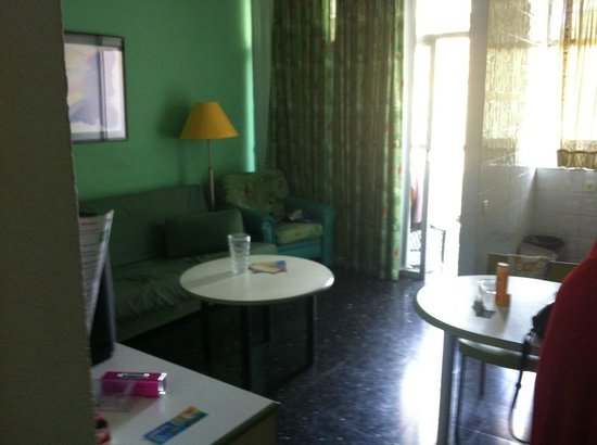 Corona Blanca: Living room