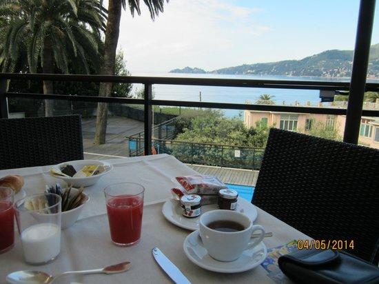 Grand Hotel Bristol Resort & Spa : colazione in terrazza