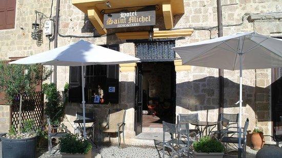 Saint Michel: Вход в отель