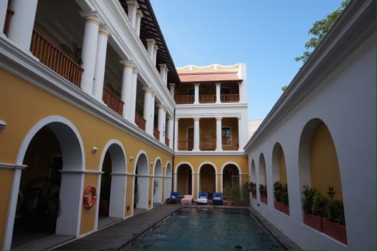 Palais de Mahe : So refreshing on a hot day