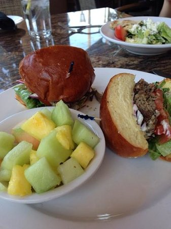 Zov's Cafe Bakery & Bar: grilled lamb sandwich with fresh fruit