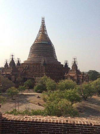 Bulethi: Bagan views