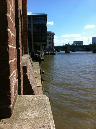 The Pepys: Thames view