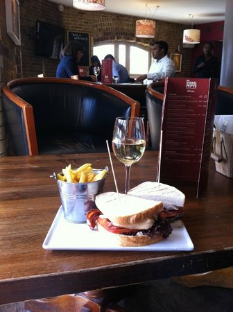 The Pepys: Club sandwich