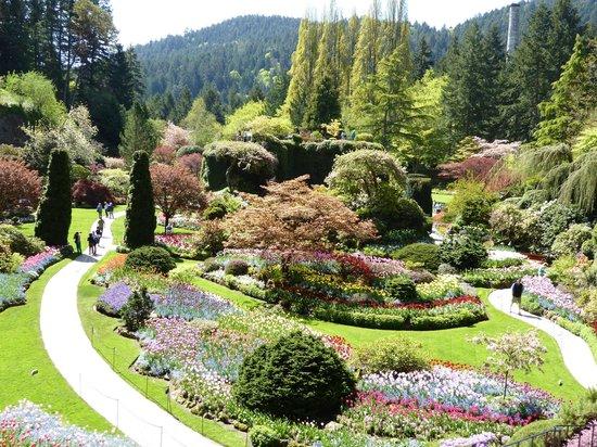 The Butchart Gardens: Classic View of the Sunken Gardens
