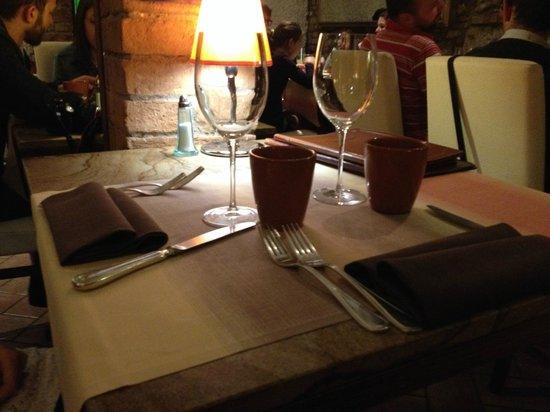 La Mangiatoia: Tavolo