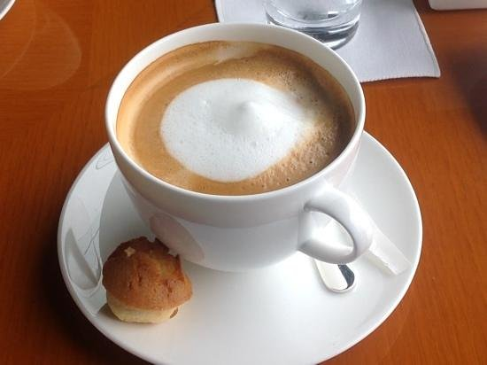 Grand Hyatt Seoul: A £10 cup of coffee!