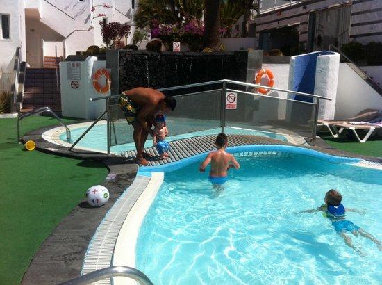 Apartments Parque Tropical : Childrenpool