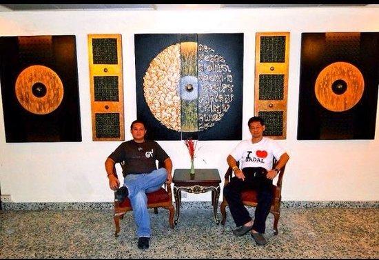 Nouvo City Hotel: Thai Art..