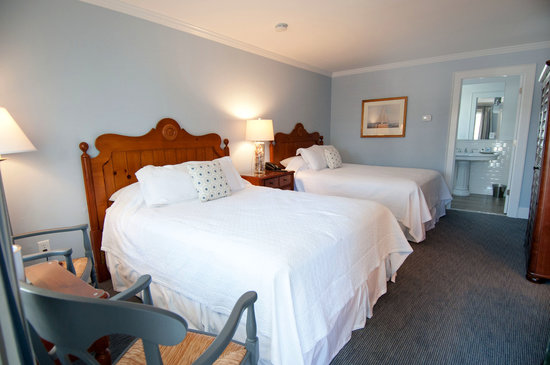 The Whaler's Inn: Two Queen Guestrooms in the Stonington House feature newly renovated bathrooms.