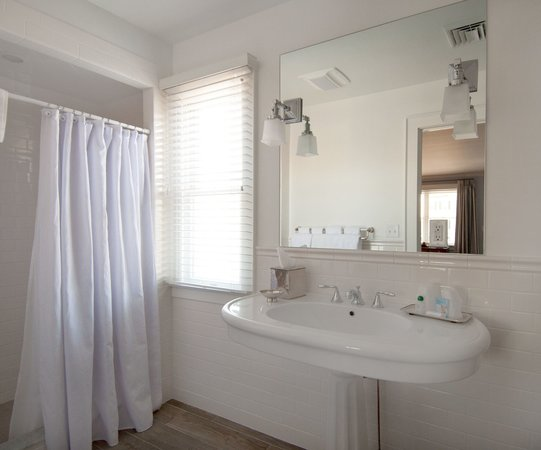 The Whaler's Inn: Stonington House bathrooms are newly renovated and feature spacious showers and pedestal sinks.