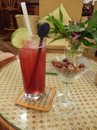 Angkor Paradise Hotel : Drinks!