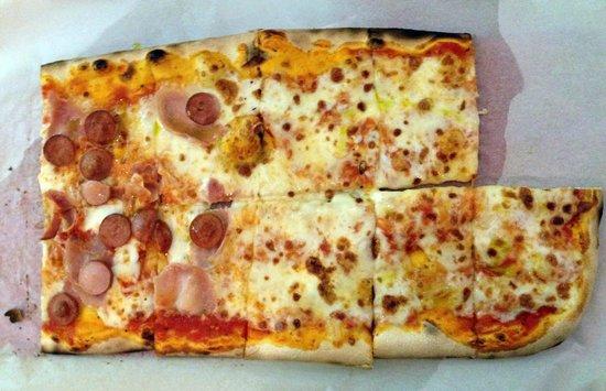 IL Covo Ristorante-Pizzeria: Pizza a metro