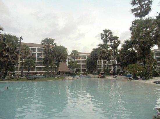 Naithonburi Beach Resort: вид из номера