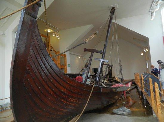 House of Manannan : Viking Longship