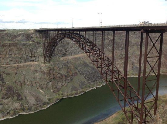 Snake River Canyon Trail: Perrine Bridge