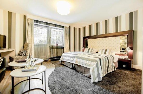Hotel Am Hopfensee: The Grey - modernes Themenzimmer