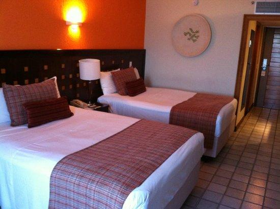 Hotel Deville Prime Salvador: Camas queen