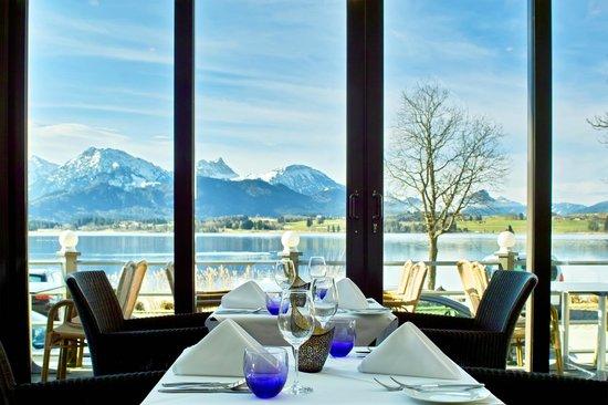 Hotel Am Hopfensee: Essen im Wintergarten