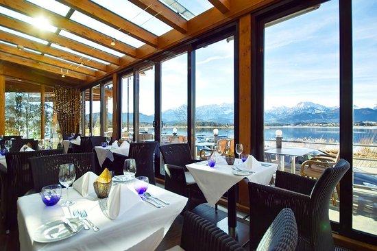 Hotel Am Hopfensee: Wintergartenrestaurant