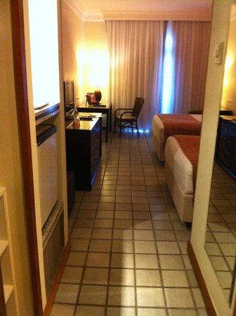 Hotel Deville Prime Salvador: Vista da entrada do apartamento