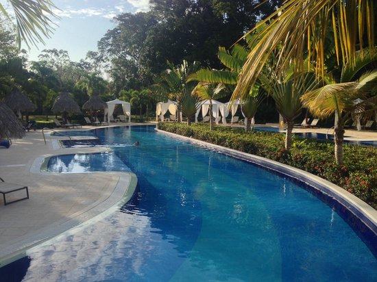 Luxury Bahia Principe Cayo Levantado Don Pablo Collection: 23/04/14