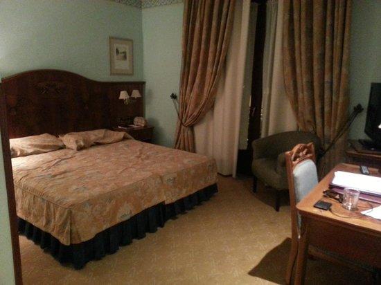 Hotel Horus Zamora: Habitacion