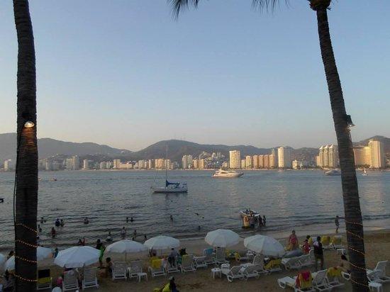 Park Royal Acapulco : Vista desde la alberca