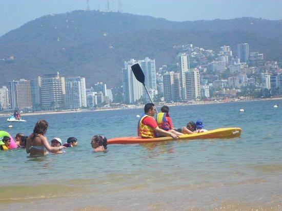 Park Royal Acapulco: La playa muy bajita, ideal para niños
