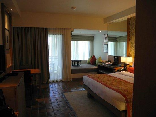 Outrigger Laguna Phuket Beach Resort: Внутри номера