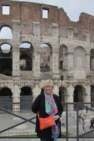 Marco Pontuali Private Tours : Kim at the Colosseum