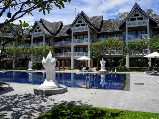 "Outrigger Laguna Phuket Beach Resort: Бассейн ""Ангсана"""