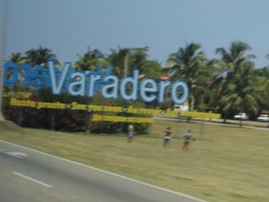 Sol Sirenas Coral Resort: Indicativo da cidade