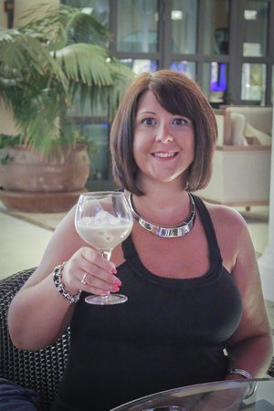 Gran Meliá Palacio de Isora Resort & Spa: Me enjoying a Bailey's in the piano bar